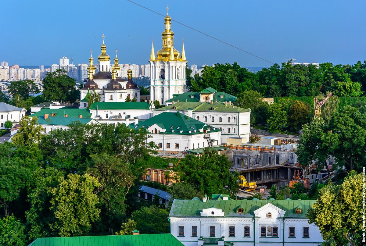 На Украине заявили о принадлежности Киево-Печерской лавры УПЦ КП